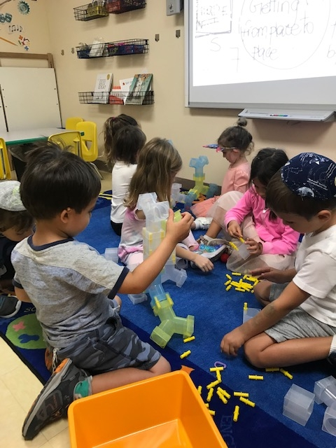 Pre-K Explores Tunnels in Their Makerspace