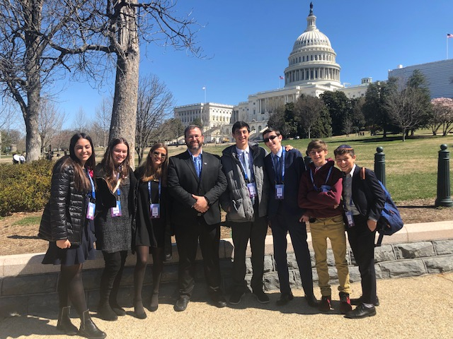 High School Students Attend AIPAC Policy Conference in Washington, DC