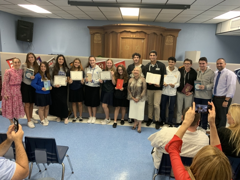College Book Awards Recognize to Outstanding Juniors
